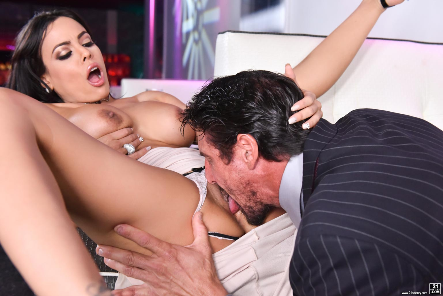 Licking Cock Pussy Same Time